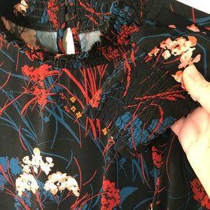 Ivanka Trump Tops - Ivanka trump dark floral blouse crew neck blouse